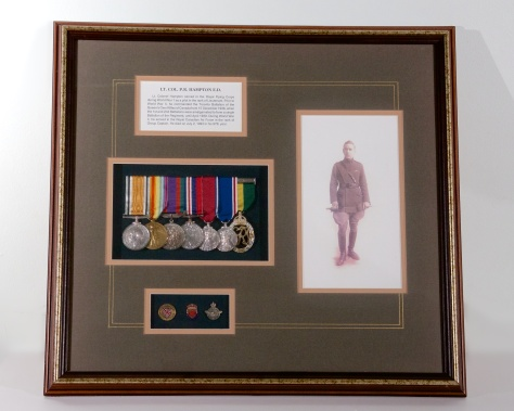 01016 Percy Hampton Shadow Box