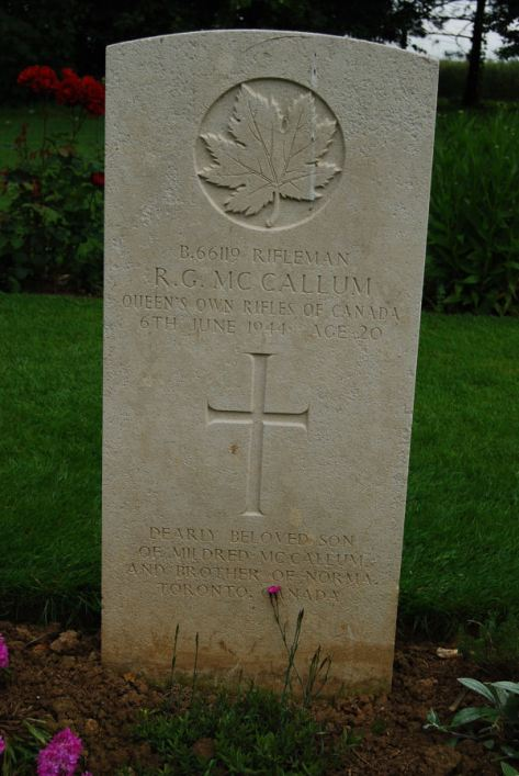 McCallum, Russell George death gravestone
