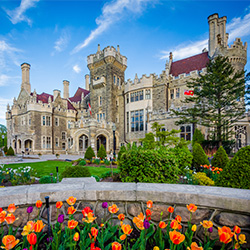 Click here to go to Casa Loma's website