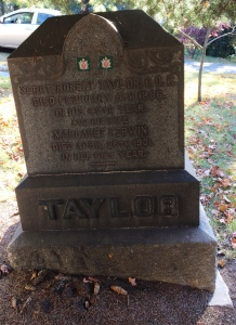 Grave marker of Sergeant Major Robert Taylor