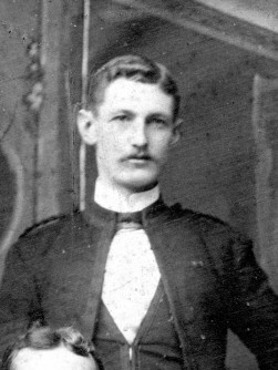 Col-Sgt WH Hewitt 1905 (c)